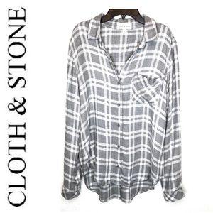 cloth & stone Tops - Cloth & Stone Gray Plaid Boyfriend Shirt Blouse Sm